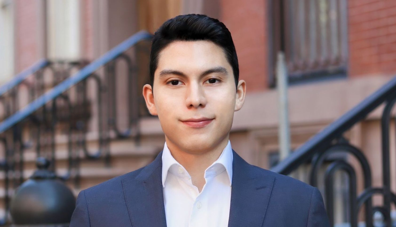 George Barrenechea is a Licensed Real Estate Salesperson at HomeDax Real Estate NYC. Contact George today to discuss your sale, purchase or rental needs.